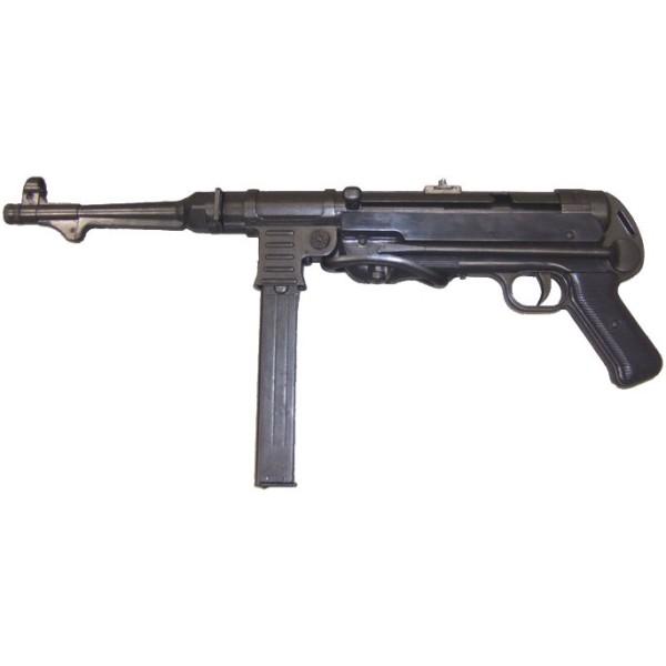 Fusil MP 40  pistolet -mitrailleur allemand